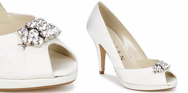 reputable site 75f9c 132b8 Le open toe gioiello di Marian | Fashion Bride