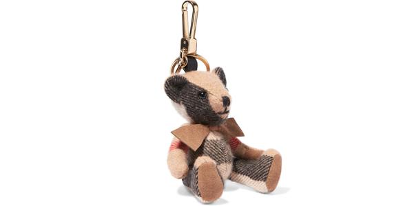 L'orsetto in cashmere di Burberry è un charm