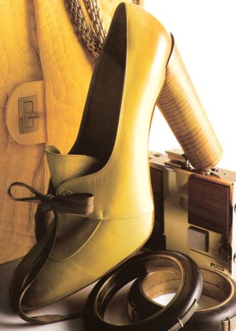 Marc Jacobs: e la scarpa si tinse di giallo