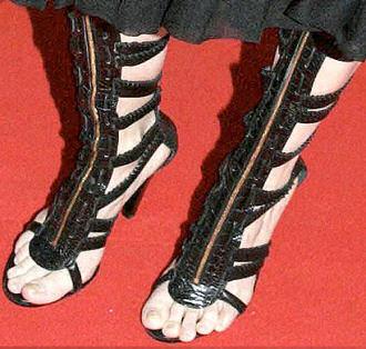 balenciaga_gladiator_sandals_asia_argento.jpg