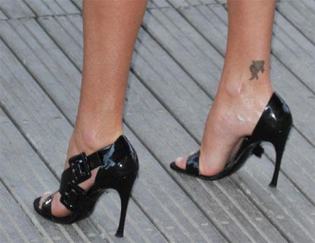 Charlize Theron scarpe