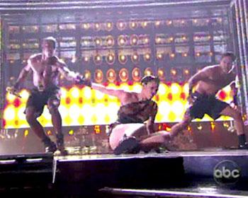 Jennifer Lopez cade