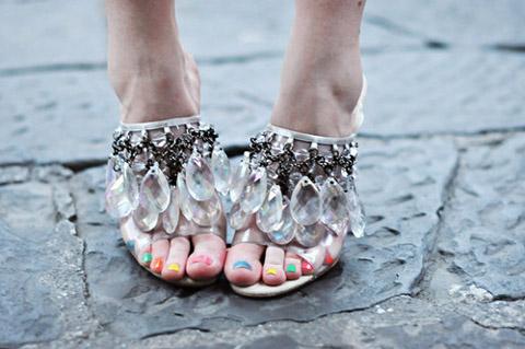 Prada scarpe cristalli