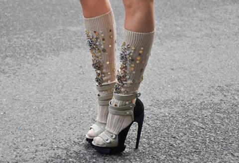 Sandalo Balenciaga calzino Miu Miu