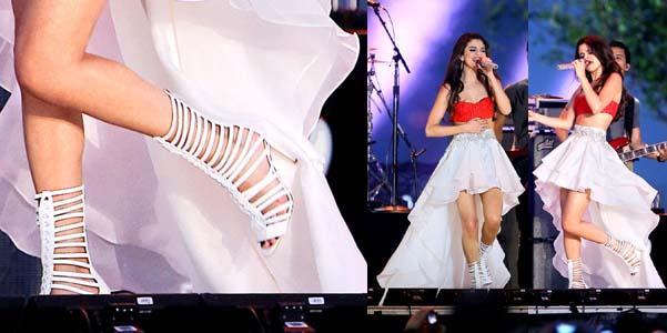 Selena Gomez Brian Atwood Isabeli