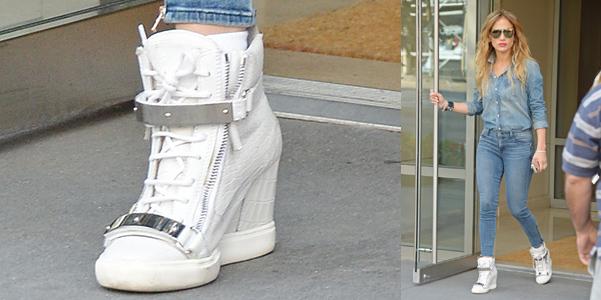 Jennifer Lopez Zanotti sneakers zeppa