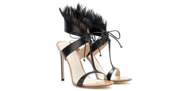 I sandali con pelliccia di Francesco Russo