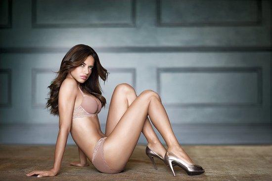 Adriana Lima per Victoria's Secret