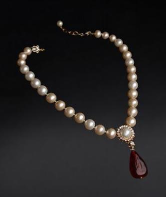 La Perla: Il Gioiello Che Viene Dal Mare