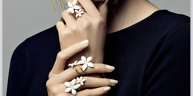 gioielli falling jasmine carolina herrera