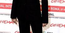 Star Style// Penelope Cruz impeccabile nel suo completo maschile