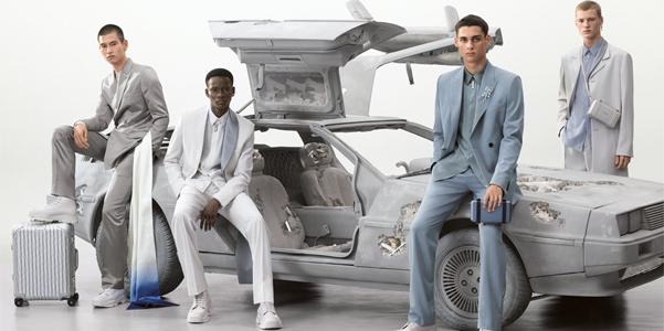 Steven Meisel e scale di bianco per Dior Men pe 2020
