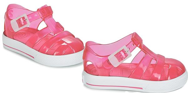 estremamente unico alta qualità design innovativo Arriva l' estate, ecco le scarpette per il mare di Chicco ...