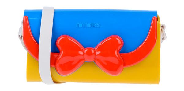 La tracolla in gomma profumata di Mini Melissa