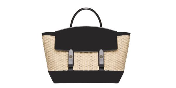 la prima collezione di borse di sacai ohmybag