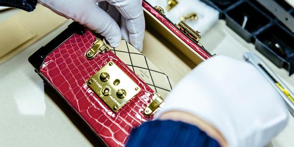 Come si fa la Petite Malle di Louis Vuitton