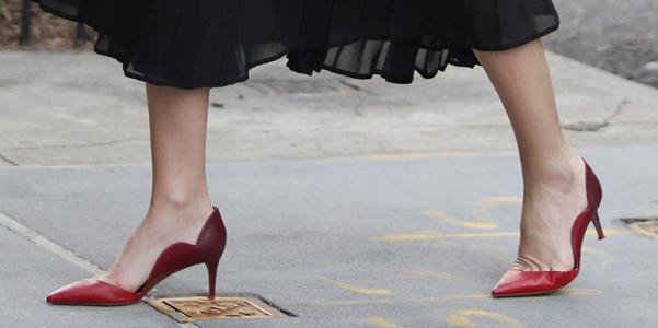 Miranda Kerr decollete Valentino