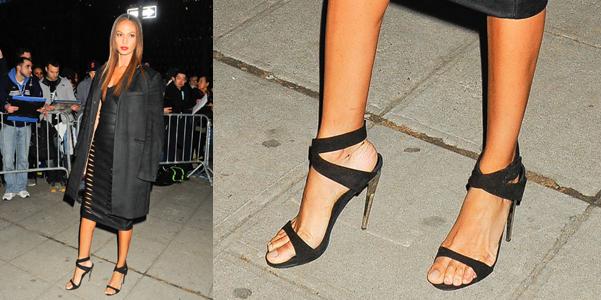 joan smalls sandali zanotti