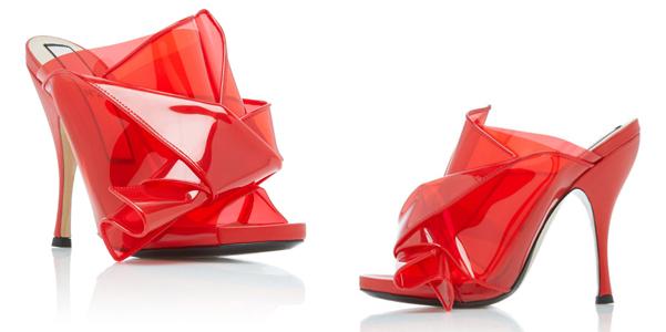 Le mules effetto origami in pvc di No 21