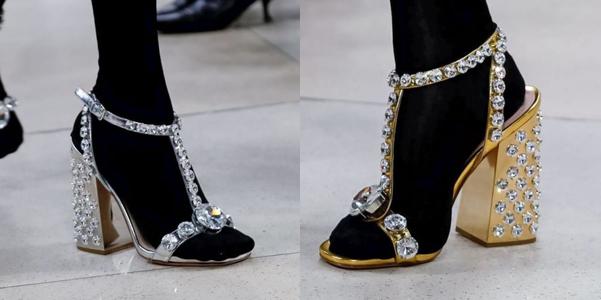 Oro, argento e cristalli per i sandali di primavera Miu Miu