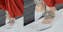 Le decolletes Loewe con applicazione gioiello