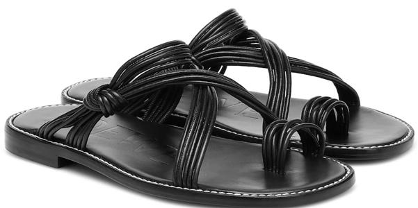I sandali flat di Paula's Ibiza e Loewe