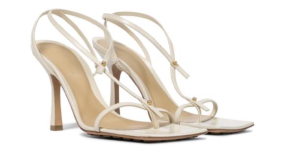 Sandali Stretch di Bottega Veneta in pelle bianca