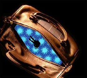 light-upbag.jpg