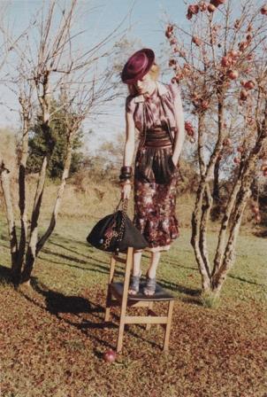 Raquel Zimmermann nello scatto della campagna Marc Jacobs