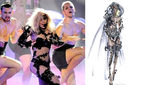 Lady Gagain Giorgio Armani American Idol