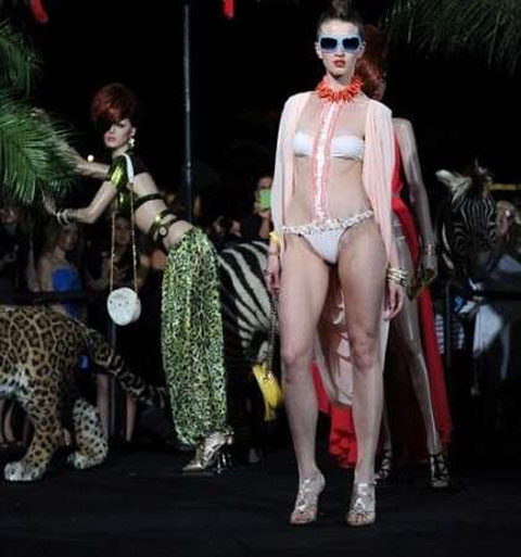 Moda mare 2010 Patricia Field
