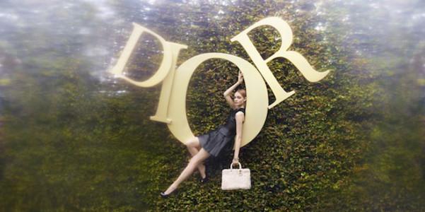 Dior Alice Wonderland-01