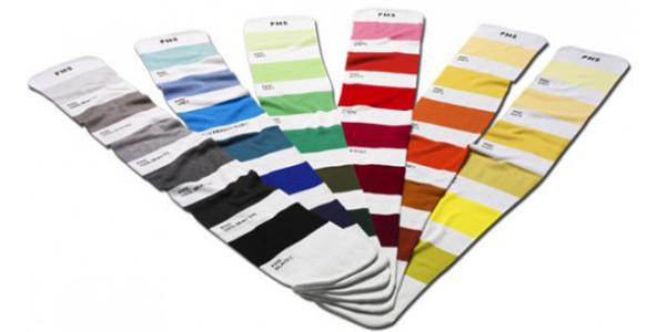 diversificato nella confezione a piedi scatti di moda più desiderabile Sciarpe Pantone   Very Cool!