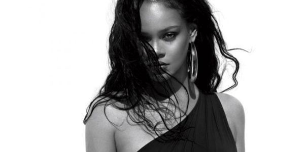 Rihanna parla del corpo delle donne su Vogue
