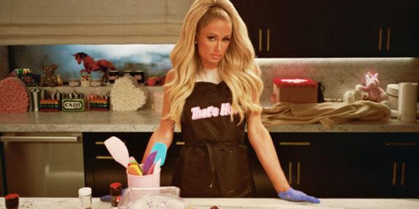 Cooking with Paris su Netflix: sì, proprio quella Paris, Paris Hilton